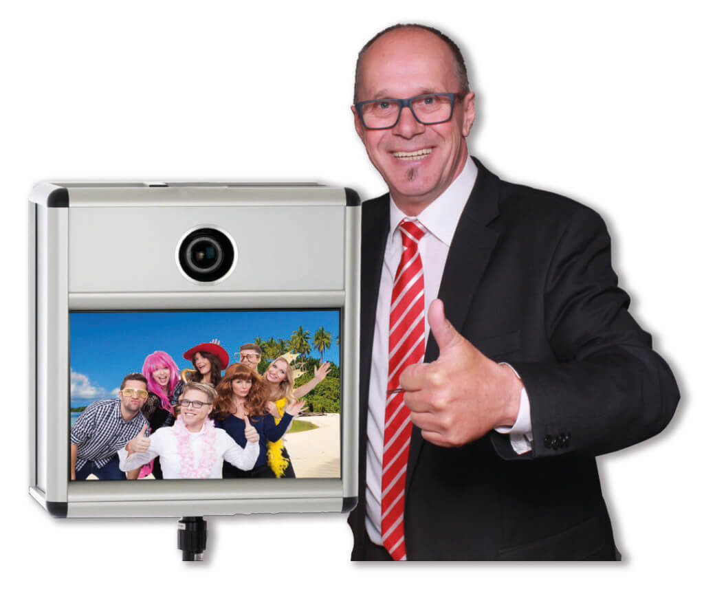 Heinz Nawrath mit Fotobox